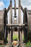 Fragment d'une catapulte en bois antique photo stock