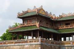 Fragment de la terrasse de la porte de midi du Cité interdite impérial Hue, Vietnam images stock