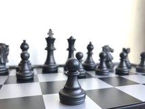 Fragment de partie d'échecs cours d'un gage e2-e4 Photographie stock libre de droits