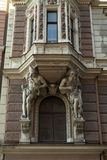 Fragment de style d'architecture d'Art Nouveau de ville de Riga photos libres de droits
