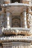 Fragment de temple de ranakpur d'hindouisme Photographie stock libre de droits