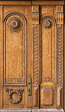 Fragment de vieille porte en bois Photos stock