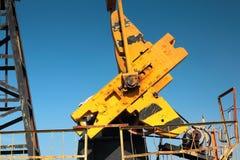 Fragment der Ölpumpe Erdölindustrie equipment Stockfotos
