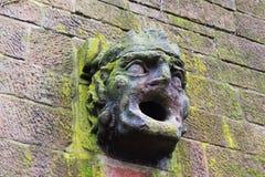 Fragment der alten Wand in Saarbrücken Stockfotos