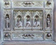 Fragment der Eisentür. Stockfotografie