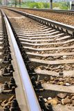 Fragment der Schienen. Stockfotografie