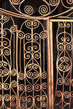 Fragment du trellis de porte en métal Image stock
