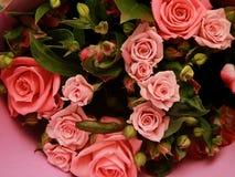Fragment eines Blumenstraußes der Blumen stockfotos