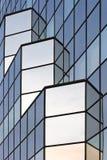 Fragment eines Glaswolkenkratzers Stockbild