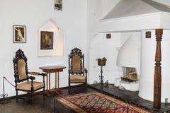 Fragment eines großen Salons des Kleie-Schlosses in der Kleiestadt in Rumänien Stockfoto
