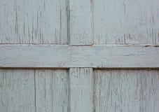 Fragment en bois de porte peint vieux par blanc Photos stock