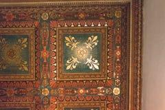 Fragment en bois peint de plafond à l'intérieur du Palazzo médiéval Vecchio, Florence, Italie image libre de droits