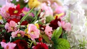 Fragment mooi boeket van bloemen stock video