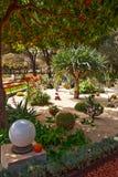 Fragment van beroemde tuinen Bahai in Haifa stock afbeelding