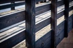 Fragment van de houten brugclose-up Stock Foto