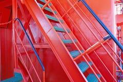 Fragment van de ladder aan het dek royalty-vrije stock afbeeldingen