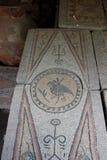 Fragment van de mozaïekvloer van Christelijke kerken met dierlijke ornamenten Stock Afbeeldingen