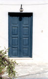Fragment van een huis met deur Stock Foto's