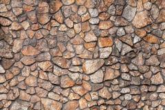 Fragment van een muur van een afgebroken steen stock fotografie