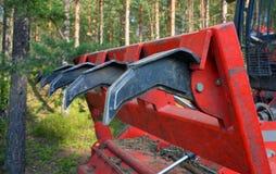Fragment van een pijp van een bosbouw mulcher Teeths Stock Afbeeldingen