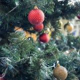 fragment van een verfraaide Kerstboom Stock Afbeelding