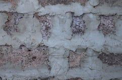 Fragment van metselwerkmuur van het huis van sintelblok, één steen dik stock foto