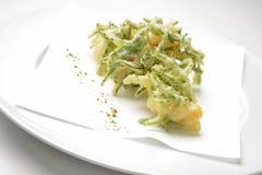 Fragmenta el aperitivo del camarón y del tempura del samphire Imágenes de archivo libres de regalías