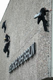 Fragmente. APRIL 12, 2006 - BERLIN: cat burglars at the fassade of the German Opera building during a promotional event for an upcoming opera play, Berlin Stock Photo