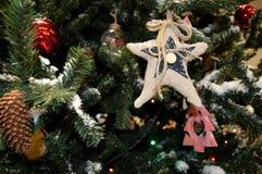 Fragmente des Baums des neuen Jahres Lizenzfreie Stockbilder