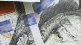 Fragmenten van dollars stock footage