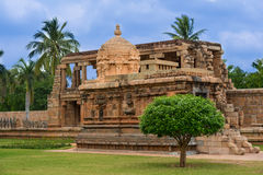 Fragmentera det forntida tempelet på Gangaikondaen Cholapuram, Indien Arkivbild