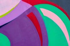 Fragmento colorido da parede com detalhe de grafittis, arte da rua Cores criativas abstratas da forma do desenho Icônico moderno Fotografia de Stock Royalty Free