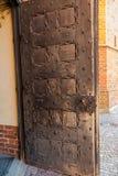 Fragmento de la puerta a la catedral en Pelplin en Polonia Fotografía de archivo libre de regalías