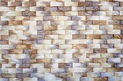 Fragmento de uma parede de um tijolo decorativo imagem de stock royalty free