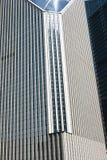 Fragmento de un edificio moderno en Shangai céntrica Fotos de archivo