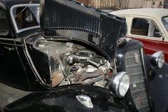 Fragmento del coche viejo retro Volga GAZ - M1, los antiguos funcionarios del ` del emka del coche famoso del ` durante el WW2 -  Fotografía de archivo libre de regalías
