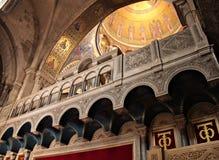 Fragmento del interior de la iglesia santa del sepulcro fotografía de archivo libre de regalías