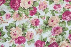 Fragmento del modelo retro colorido de la materia textil de la tapicería con floral Foto de archivo libre de regalías