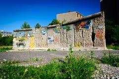 Fragmento del muro de Berlín imagen de archivo