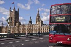 Fragmento do palácio de Westminster Imagens de Stock Royalty Free