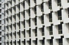 Fragmento y ventanas abstractos de la arquitectura foto de archivo libre de regalías