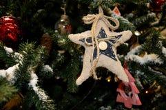 Fragmentos del árbol del Año Nuevo Fondo del Año Nuevo Fotos de archivo libres de regalías