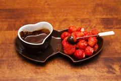 Fragola in cioccolato Immagine Stock Libera da Diritti