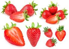Fragola isolata su priorità bassa bianca Intero strawber maturo rosso Immagine Stock