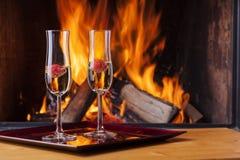 Fragole in champagne Immagine Stock