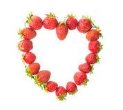 Fragole fresche presentate sotto forma di cuore Fotografie Stock Libere da Diritti
