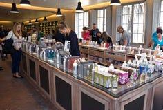 Fragonard doft shoppar Arkivfoto