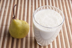 Fragrant fresh pear smoothy Royalty Free Stock Photography