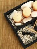 Fragrant spa kaarsen op een plaat Royalty-vrije Stock Foto