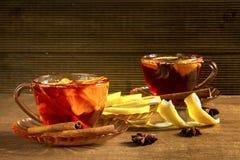 Fragrant tea with lemon and cinnamon Royalty Free Stock Photos